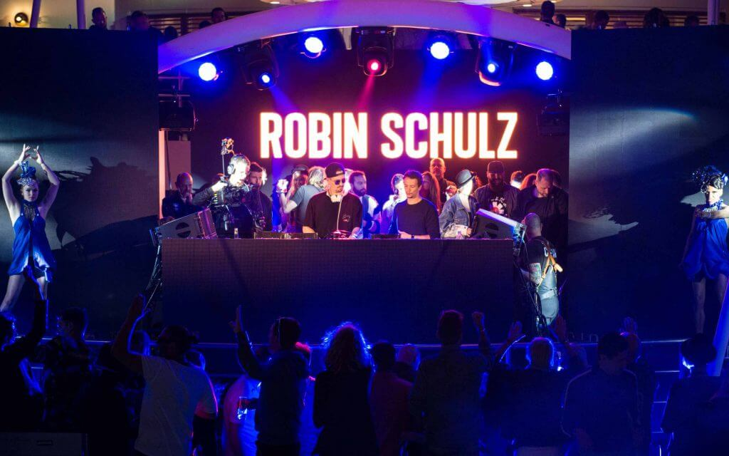 BCB World Club Dome Cruise Edition 2019 - Robin Schulz