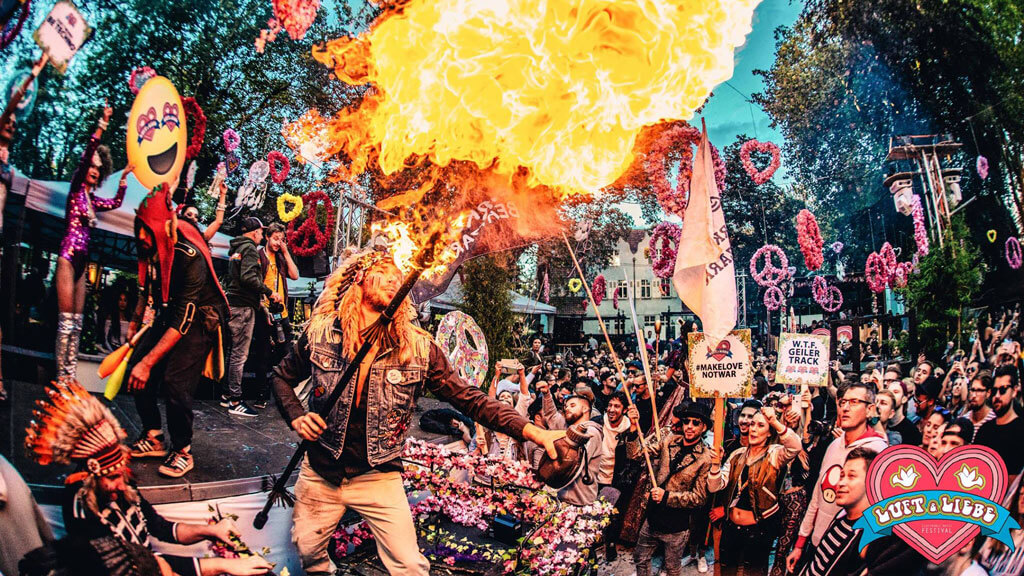 Love, Peace & Happiness beim Luft & Liebe Festival 2019