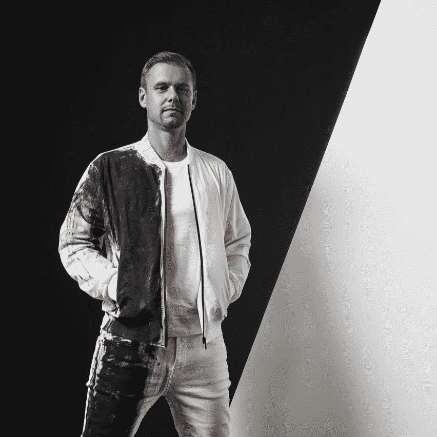 PV20_Headliner Armin van Buuren_©MGMT
